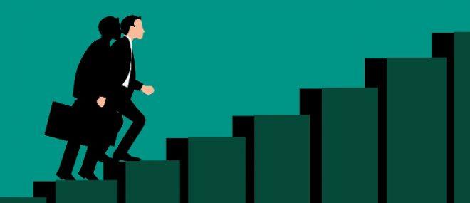 Business man climbing to grow business